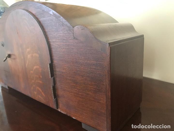 Relojes de carga manual: RELOJ DE SOBREMESA EN PERFECTO ESTADO - Foto 3 - 190699910