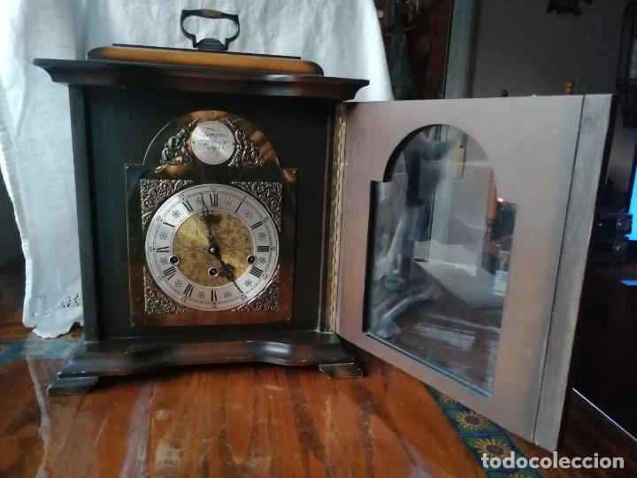 Relojes de carga manual: ANTIGUO RELOJ DE SOBREMESA TEMPUS FUGIT.SONIDO TIPO WESTMINSTER .TOCA TAMBIÉN LOS CUARTOS. - Foto 3 - 191318551