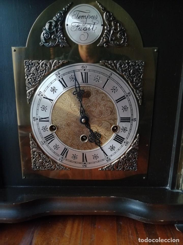 Relojes de carga manual: ANTIGUO RELOJ DE SOBREMESA TEMPUS FUGIT.SONIDO TIPO WESTMINSTER .TOCA TAMBIÉN LOS CUARTOS. - Foto 4 - 191318551
