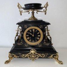 Relojes de carga manual: RELOJ IMPERIO , FUNCIONA NAPOLEON III, MARMOL NEGRO Y BRONCE, MAQUINARIA PARIS. Lote 191758965