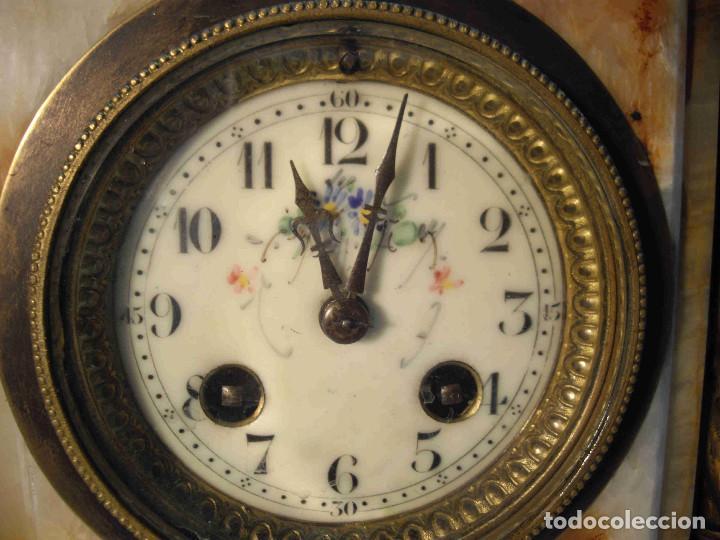Relojes de carga manual: RELOJ MESA MARMOL BLANCO JASPEADO - Foto 6 - 192256823