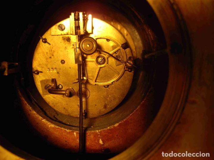Relojes de carga manual: RELOJ MESA MARMOL BLANCO JASPEADO - Foto 15 - 192256823