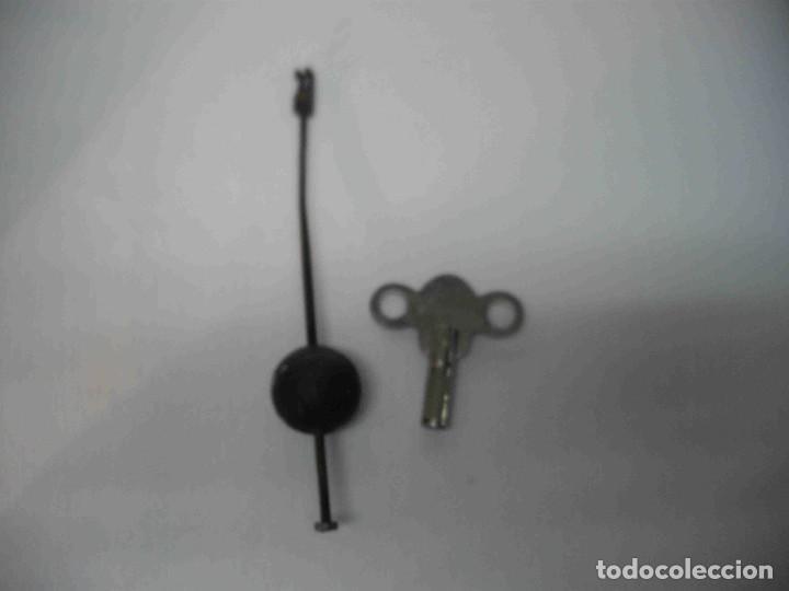 Relojes de carga manual: RELOJ MESA MARMOL BLANCO JASPEADO - Foto 17 - 192256823
