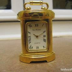 Relojes de carga manual: RELOJ DE COLECCIÓN EN MINIATURA DE SOBREMESA CON DISEÑO ANTIGUO. Lote 192755836
