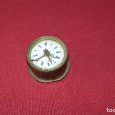Relojes de carga manual: ANTIGUA MAQUINA DE RELOJ DE SOBREMESA DE PENDOLIN. Lote 193089807