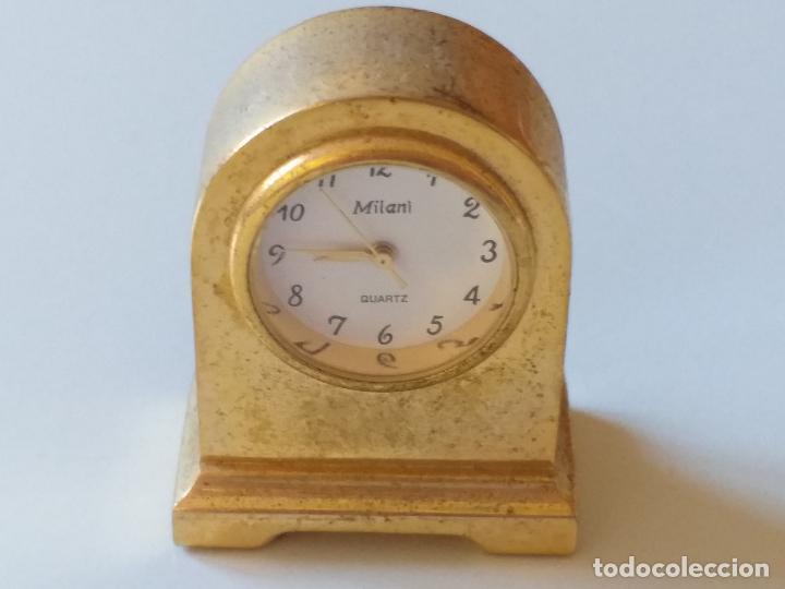RELOJ DE COLECCION EN MINIATURA RELOJ DE SOBREMESA. MARCA MILANI. QUARTZ (Relojes - Sobremesa Carga Manual)