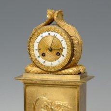 Relojes de carga manual: RELOJ DE MESA SIGLO XIX DE BRONCE. Lote 194222931