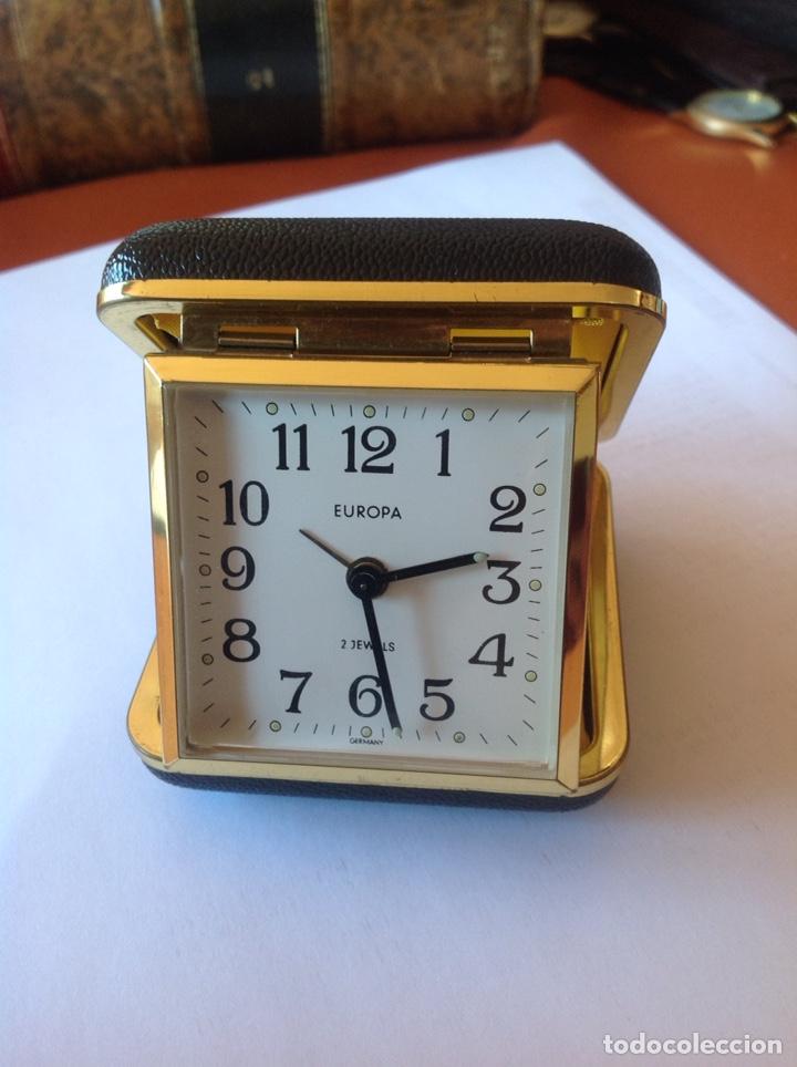 DOS RELOJES DESPERTADOR ANTIGUOS (Relojes - Sobremesa Carga Manual)