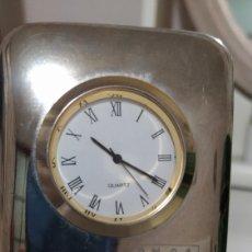Relojes de carga manual: ANTIGUO RELOJ CROMADO CADENA RADIO ONDA CERO. Lote 194346542