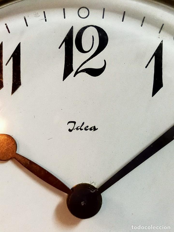 Relojes de carga manual: RELOJ DE SOBREMESA CARGA MANUAL, IDEA, WEST GERMANY, EN LATON DORADO - Foto 9 - 194396890