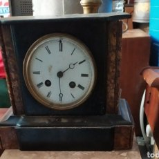Relojes de carga manual: ANTIGUO RELOJ FRANCÉS DE MÁRMOL NEGRO SIGLO XIX. Lote 194649412