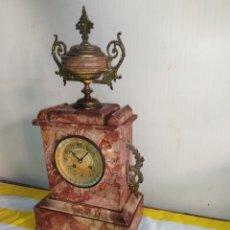 Relojes de carga manual: ANTIGUO RELOJ FRANCÉS ESFERA BRONCE AL MERCURIO MÁRMOL Y DETALLES EN BRONCE SIGLO XIX. Lote 194680691