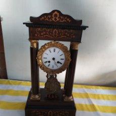 Relojes de carga manual: ESPECTACULAR RELOJ PÓRTICO CON MARQUETERÍA LIMONCILLO Y DETALLES EN BRONCE SIGLO XIX. Lote 194683925