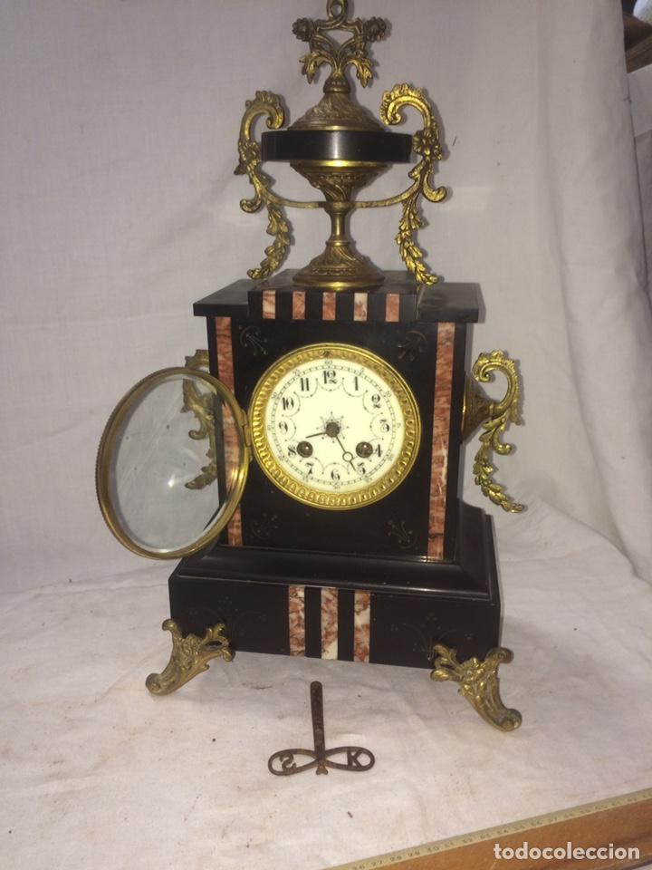 PRECIOSO RELOJ DE MARMOL SELLO 1878! (Relojes - Sobremesa Carga Manual)