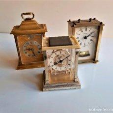 Relojes de carga manual: TRES RELOJES SOBREMESA ALEMANES METAL - 13 A 17.CM ALTO. Lote 195055091