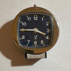 Relojes de carga manual: RELOJ ALARMA SOBREMESA DE CUERDA MARCA JAZZ - 62 M/M. Ø. Lote 195300155