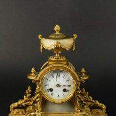 Relojes de carga manual: RELOJ SOBREMESA ORO SIGLO XIX. Lote 195305827