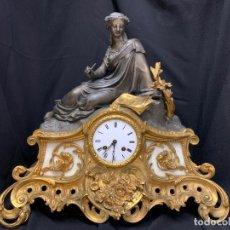 Relojes de carga manual: EXCEPCIONAL Y ENORME RELOJ DE CHIMENEA EN BRONCE Y MARMOL, MIROY FRERES, NUMERADO. 45CMS ANCHO. LEER. Lote 195381068