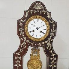 Relojes de carga manual: RELOJ PÓRTICO ÉPOCA IMPERIO CIRCA 1810 1820 MADERA MACIZA DE PALO SANTO DETALLES DE MARFIL FUNCIONA. Lote 195403268