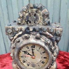 Relojes de carga manual: RELOJ EN MADERA. Lote 195407837