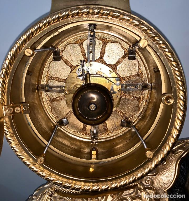 Relojes de carga manual: Reloj de mesa de bronce - Foto 16 - 195468577