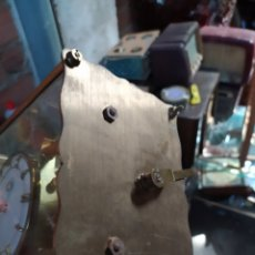 Relojes de carga manual: RELOJ, FALTA PÉNDULO Y PATAS, INCOMPLETO, CRISTAL ROTO. Lote 195951880