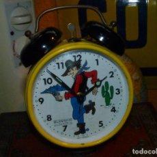 Horloges à remontage manuel: RARO RELOJ DESPERTADOR PISTOLERO AUTOMATA BLESSING WEST GERMANY VAQUERO MUEVE LA PISTOLA VINTAGE. Lote 197348023