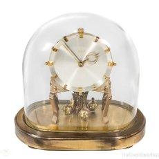 Relojes de carga manual: ANTIGUO RELOJ DE SOBREMESA DE LA MARCA KUNDO, DE CUERDA MANUAL DE ORIGEN ALEMÁN FUNCIONANDO. Lote 198331203