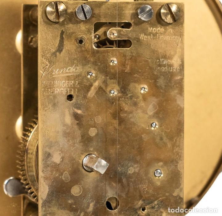 Relojes de carga manual: ANTIGUO RELOJ DE SOBREMESA DE LA MARCA KUNDO, DE CUERDA MANUAL DE ORIGEN ALEMÁN FUNCIONANDO - Foto 7 - 198331203