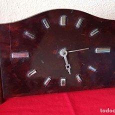 Relojes de carga manual: RELOJ ANTIGUO DE SOBREMESA. Lote 201225925