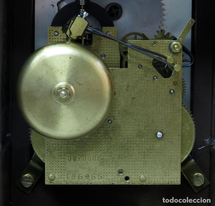 Relojes de carga manual: Reloj de sobremesa holandés Warmink con dos carriles y sonería en funcionamiento hacia 1950 - Foto 8 - 203158141