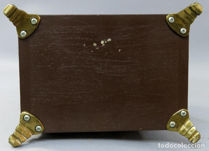 Relojes de carga manual: Reloj de sobremesa holandés Warmink con dos carriles y sonería en funcionamiento hacia 1950 - Foto 18 - 203158141