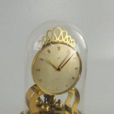 Relógios de carga manual: ANTIGUO RELOJ DE SOBREMESA SCHATZ & SONS GERMANY DE CÚPULA CON PENDULO DE BOLAS. Lote 204998818