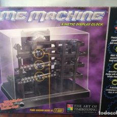 Relógios de carga manual: RELOJ DE SOBREMESA TIME MACHINE KINETIC DISPLAY CLOCK.. Lote 205733472