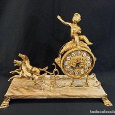 Relojes de carga manual: RELOJ DE SOBREMESA DE BRONCE. CABALLOS.. Lote 206503572
