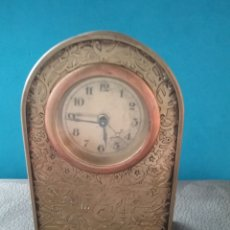Relojes de carga manual: ANTIGUO RELOJ DE SOBREMESA. NO TIENE LLAVE. Y NO ESTA PROBADO.. Lote 207086933