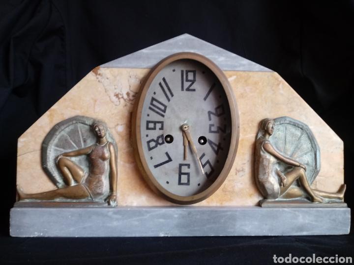 RELOJ SOBREMESA ART DECO CON MUJERES EN BAÑADOR. MAQUINARIA DE PARÍS (Relojes - Sobremesa Carga Manual)