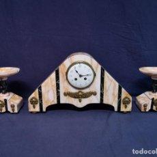 Relojes de carga manual: RELOJ CON GUARNICION ART DECO. Lote 207974378