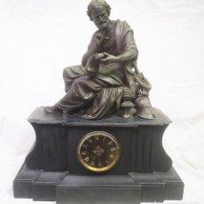 Relojes de carga manual: RELOJ DE SOBRE MESA EN MÁRMOL Y BRONCE 25 KG. Lote 210173923