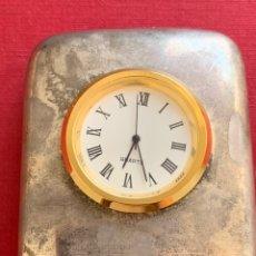 Relojes de carga manual: BONITO RELOJ DE SOBREMESA EN BRONCE PLATEADO. Lote 211470984