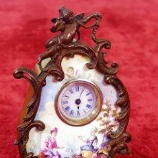 Relojes de carga manual: RELOJ MINIATURA DE SOBREMESA. METAL ESMALTADO. VIENA (?). SIGLO XIX-XX. Lote 212079586
