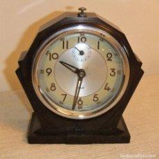 Relojes de carga manual: RELOJ DESPERTADOR ART DECÓ MARCA JAZ DE BAQUELITA 1934. Lote 213128758