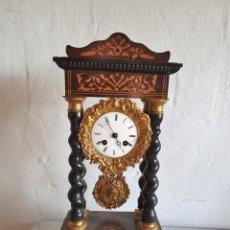 Relojes de carga manual: RELOJ DE PORTICO CON MARQUETERIA. Lote 213421833