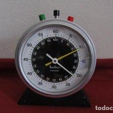 Relojes de carga manual: ANTIGUO Y CURIOSO GRAN CRONÓMETRO DE MESA MECÁNICO ALEMÁN FABRICADO EN LOS AÑOS 50 O 60 Y FUNCIONA. Lote 213808038