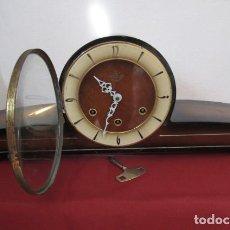 Relojes de carga manual: RELOJ ANTIGUO ALEMAN DE CHIMENEA MESA SOBREMESA SONERIA CAMPANADAS MELODÍA CATEDRAL BIB BEN CARILLÓN. Lote 213971857