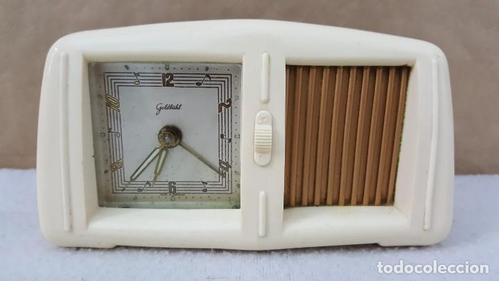 RELOJ DESPERTADOR MUSICAL GOLDBUHL (Relojes - Sobremesa Carga Manual)
