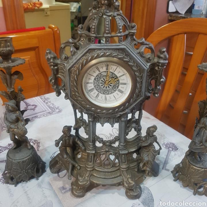 Relojes de carga manual: RELOJ DE SOBREMESA CON CANDELABROS - Foto 2 - 215695161