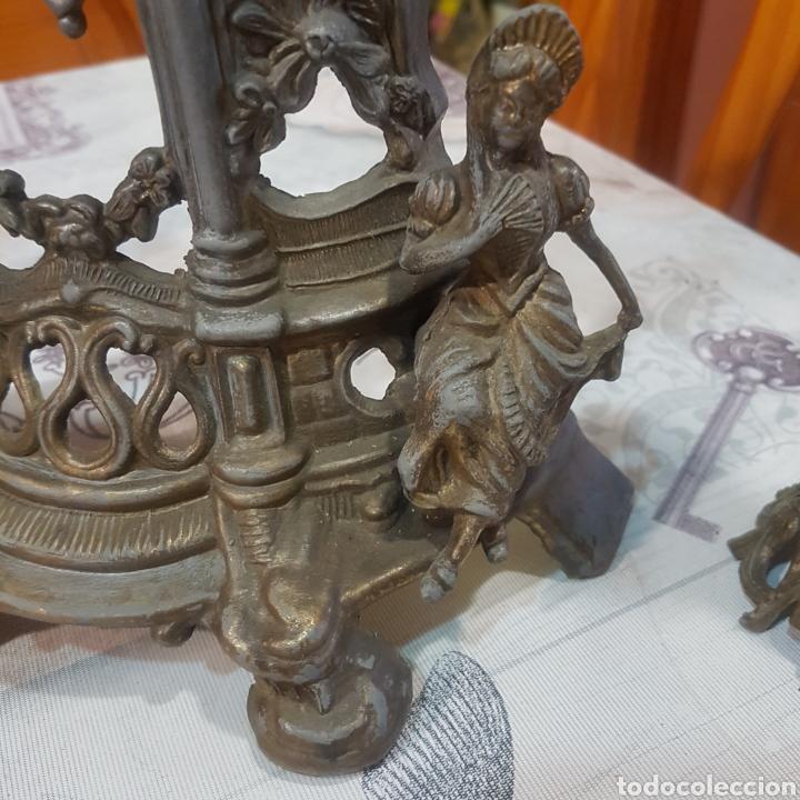 Relojes de carga manual: RELOJ DE SOBREMESA CON CANDELABROS - Foto 3 - 215695161