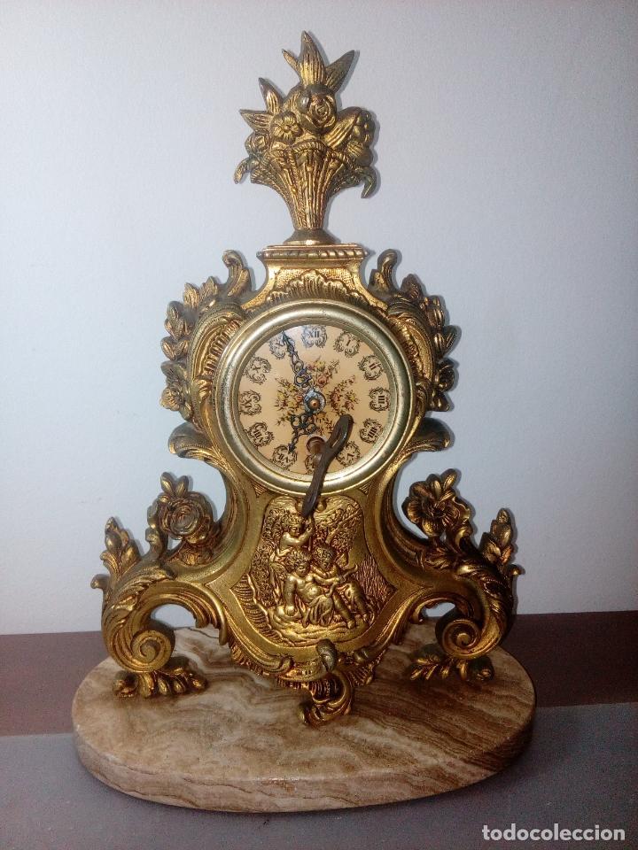 RELOJ DE SOBREMESA SOBRE BASE DE MARMOL MECANICO (Relojes - Sobremesa Carga Manual)