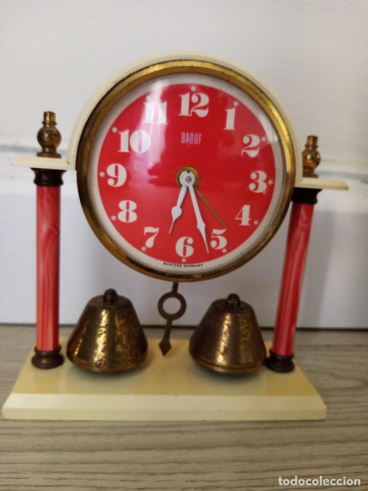 Relojes de carga manual: LOTE DE RELOJES DESPERTADORES DE SOBREMESA A CUERDA MICRO Y WEST GERMANY - Foto 3 - 216706282